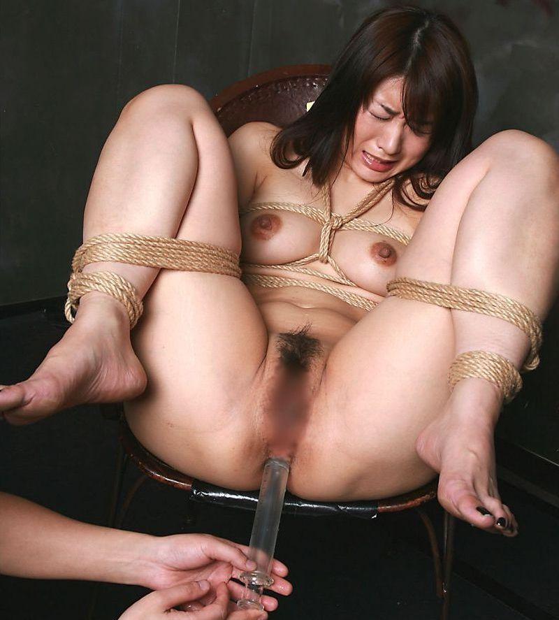 SM Abnormal Blue Garden 椅子に縛り付けて拘束、熟女アナルに浣腸注射!